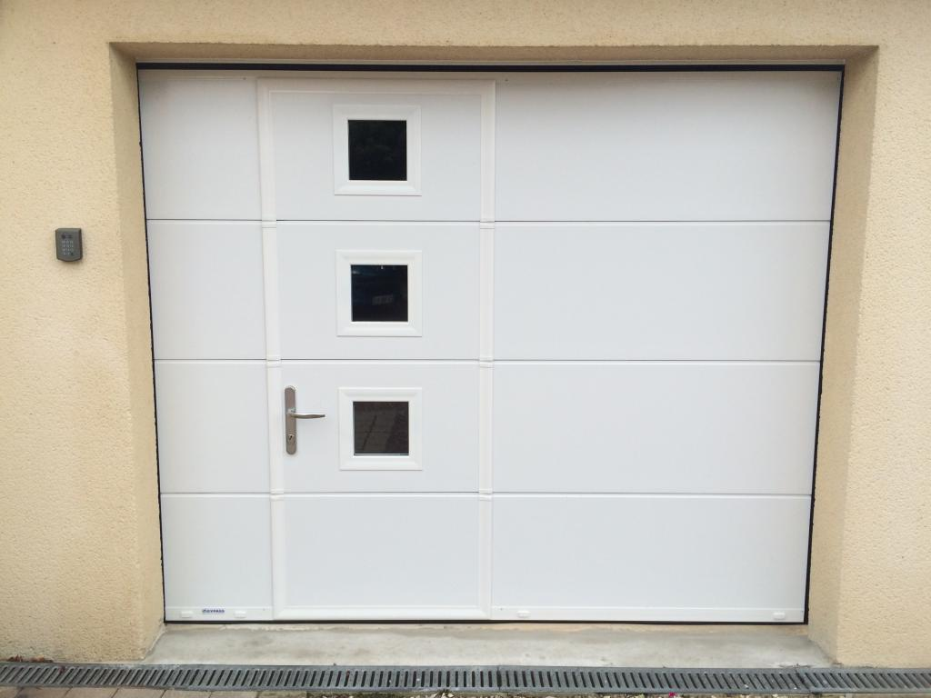 Porte garage coulissante warm home design for Porte de service isolante brico depot